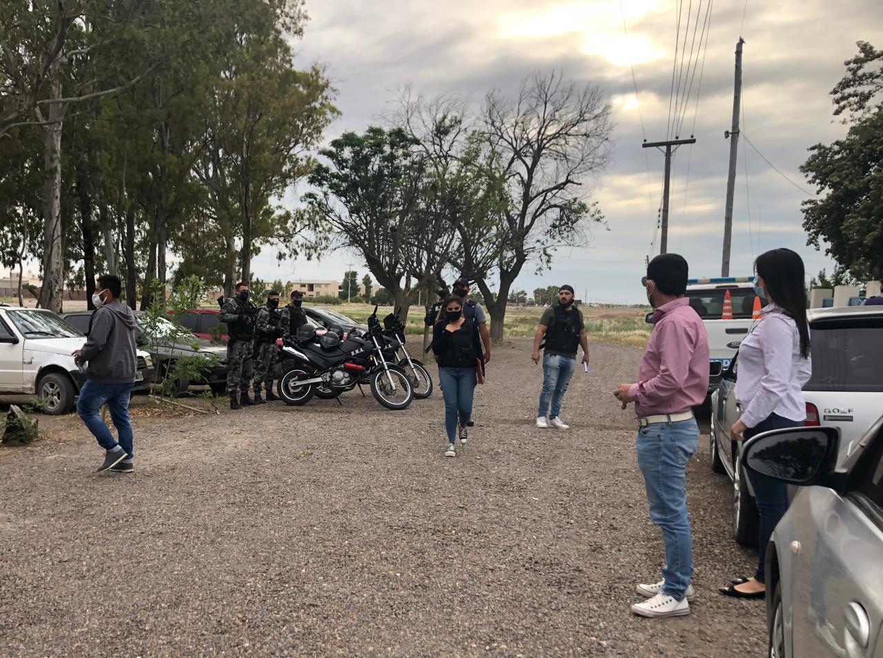 Allanamientos en distintos barrios de Viedma y San Javier